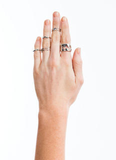 Zigzag Cut-Out Five Ring Set