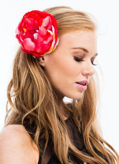 Oversized Flower Hair Accessory