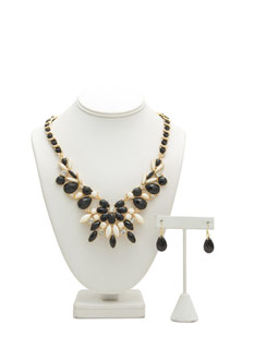 Faux Gem Bib Ribbon Necklace Set