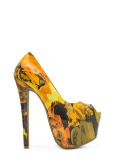 Abstract Masterpiece Platform Pumps