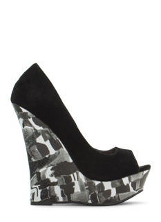 Touch Of Paint Velvet Wedges