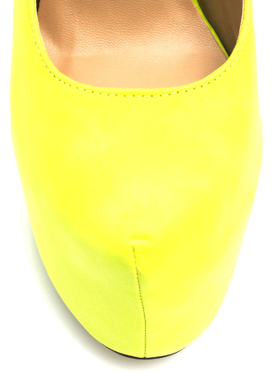 Mary Jane Platform Pumps LIME