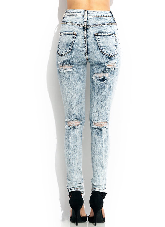 High-Waisted Acid Wash Jeans LTBLUE