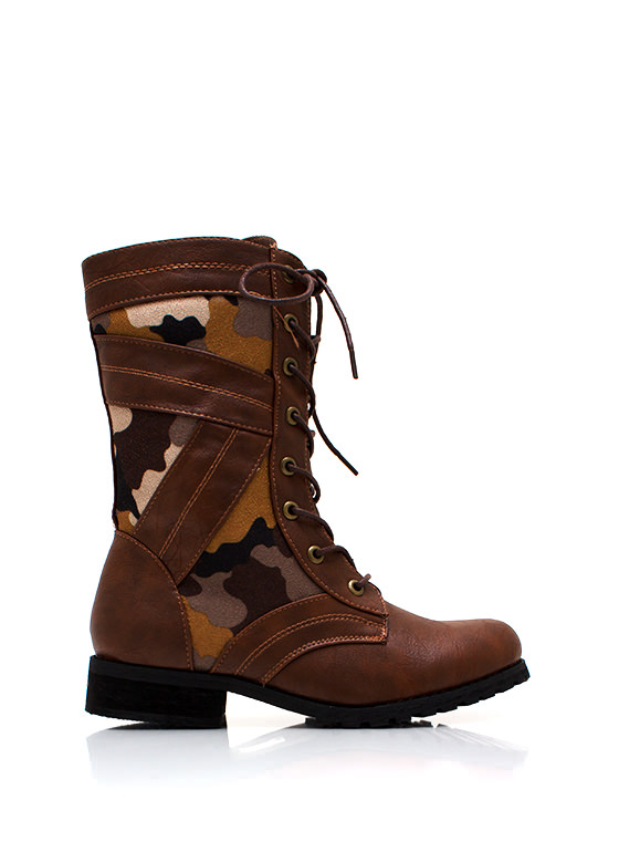 In Combat Boots BROWN