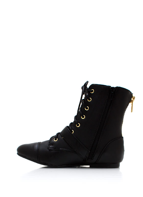 Get It Shorty Buckle Boots BLACK