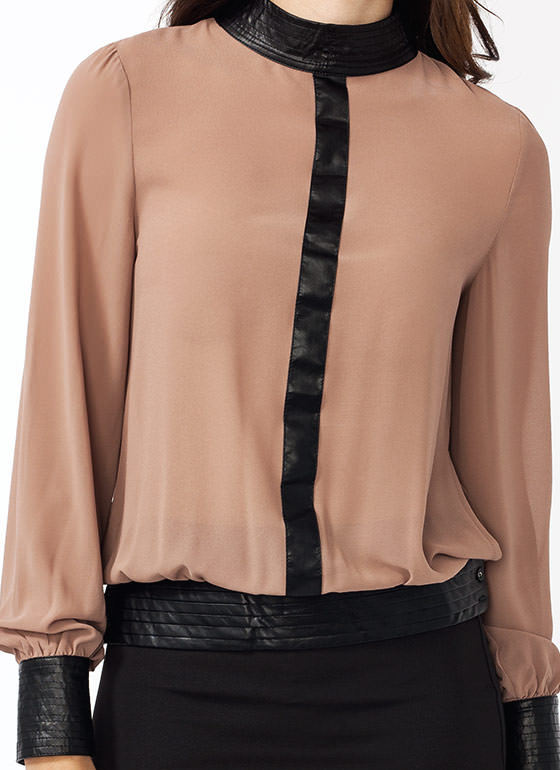 To The T Georgette Blouse MOCHA