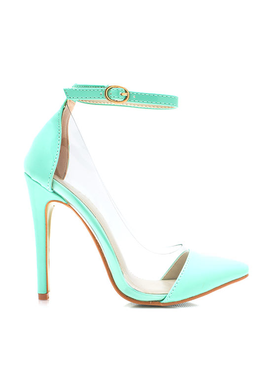 Clear The Way Pointy Pumps MINT