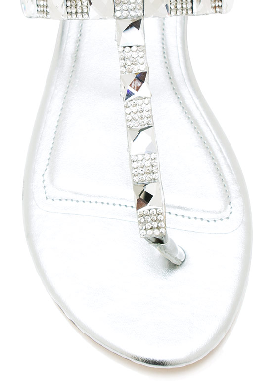 Square Off Shiny T Strap Sandals SILVER