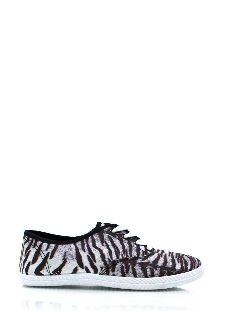 Hear Me Roar Sneakers BLACKWHITE