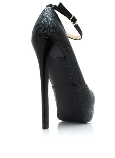 Rough You Up Ankle Strap Pumps BLACK