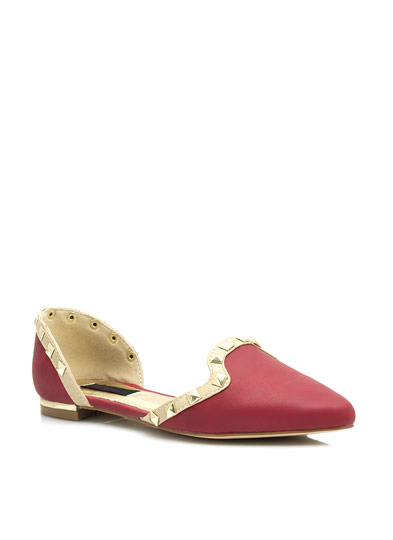 Studded Two-Tone Pointy Flats RED