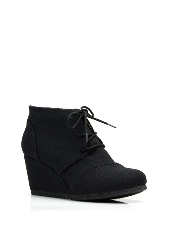 Fresh Linen Lace-Up Bootie Wedges BLACK