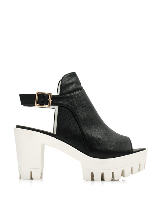 Riding Bareback Chunky Heels BLACK