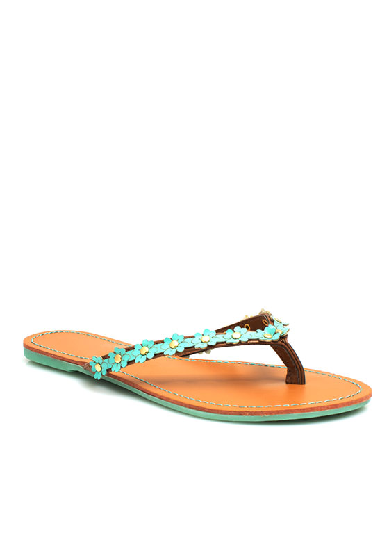 Petal to the Medal Thong Sandals MINT