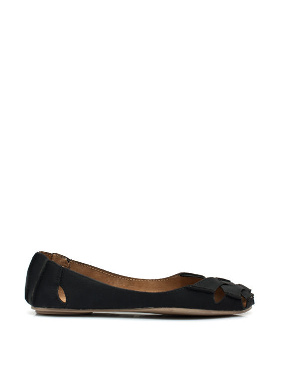 Crisscross It Off Flats BLACK