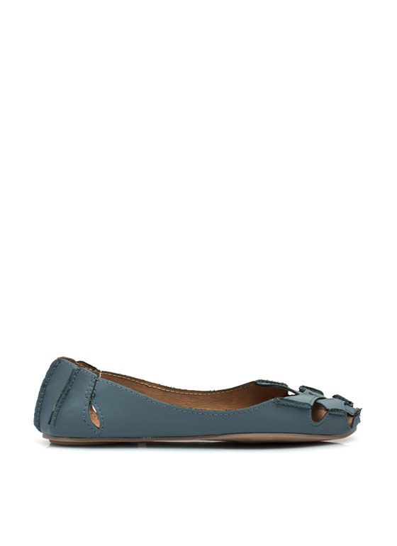 Crisscross It Off Flats DKBLUE