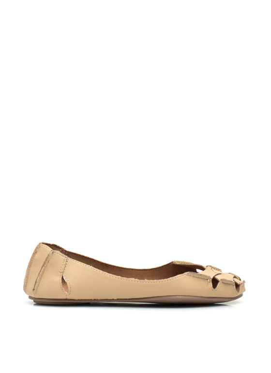 Crisscross It Off Flats SAND