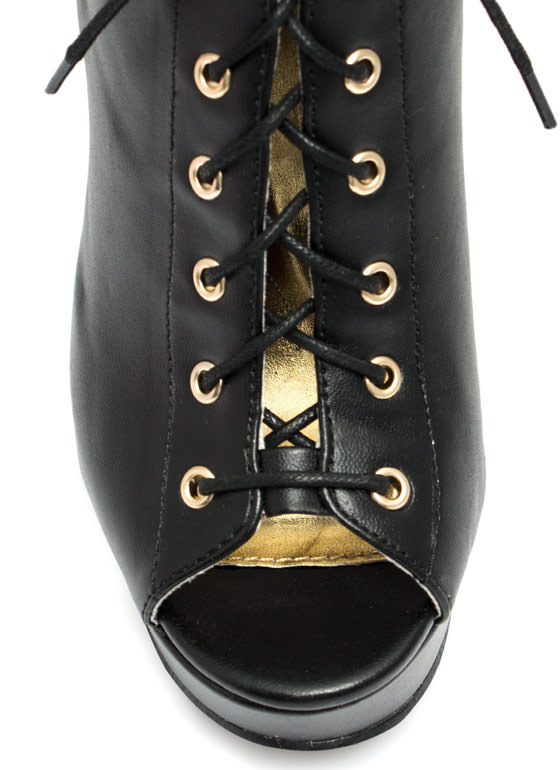 Cool Your Heels Lace-Up Booties BLACK