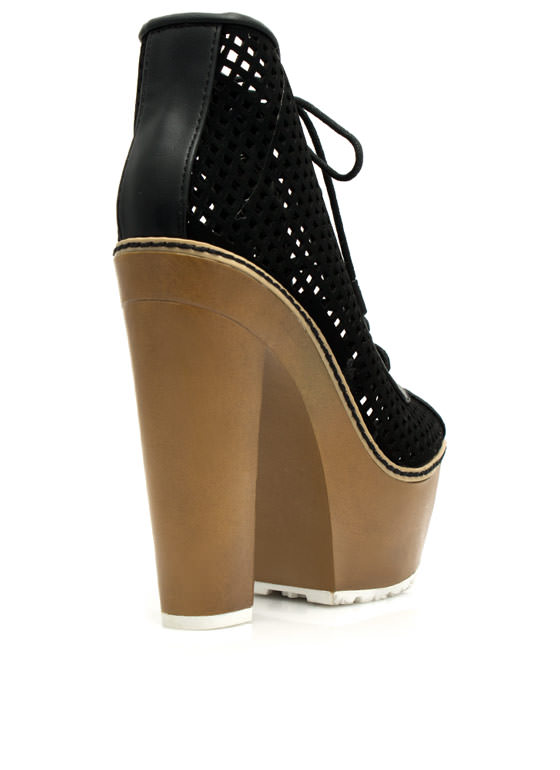 Damsel In Diamonds Chunky Platforms BLACK