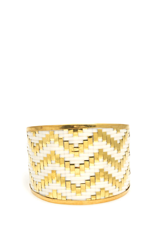 Textured Chevron Stripes Cuff WHITEGOLD