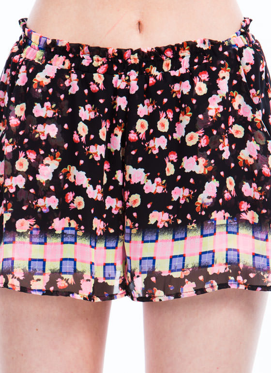 Checker It Out Floral Shorts BLACKMULTI