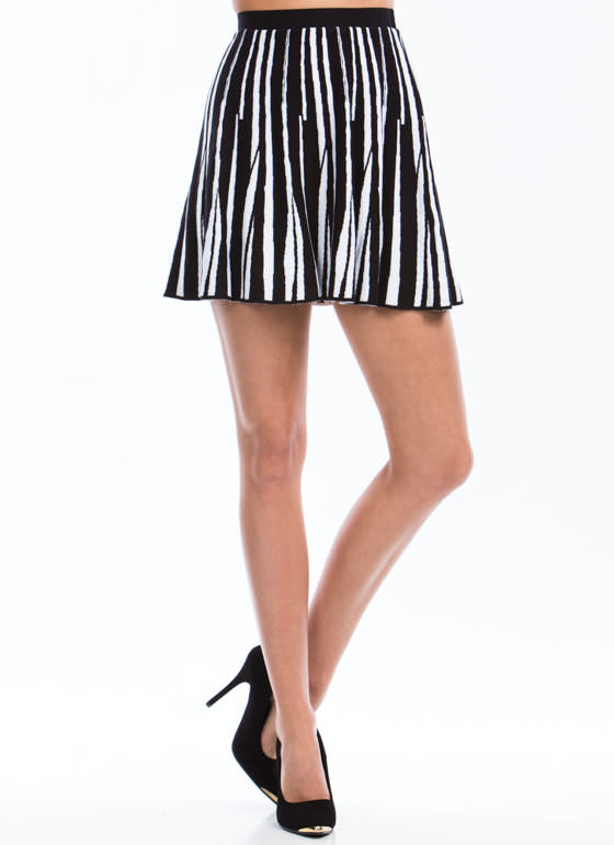 Contrasting Shards Knit Skirt BLACKWHITE
