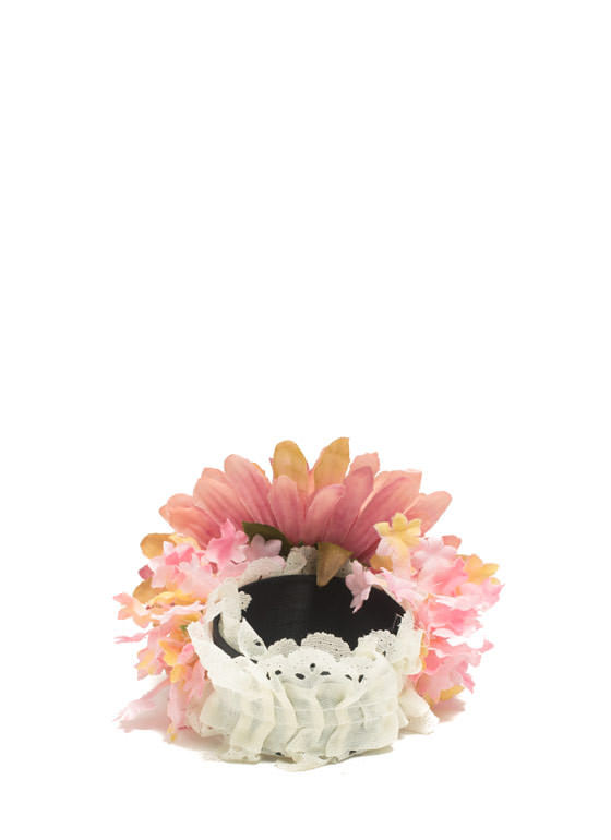 Ruffled Gerbera Daisy Slap Bracelet PEACHIVORY