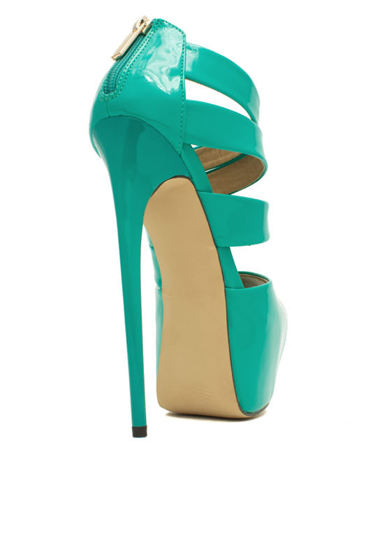 Ur The Boss Faux Patent Leather Heels MINT