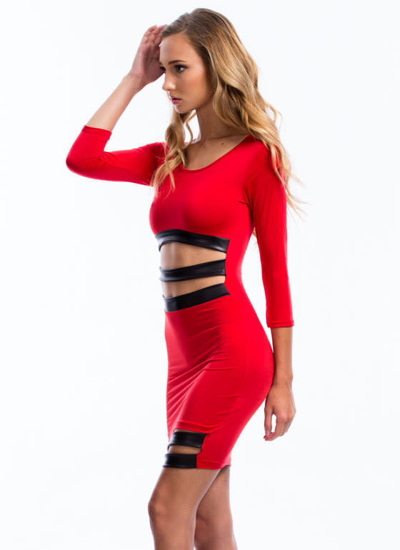 Sneak Peek Bodycon Dress RED