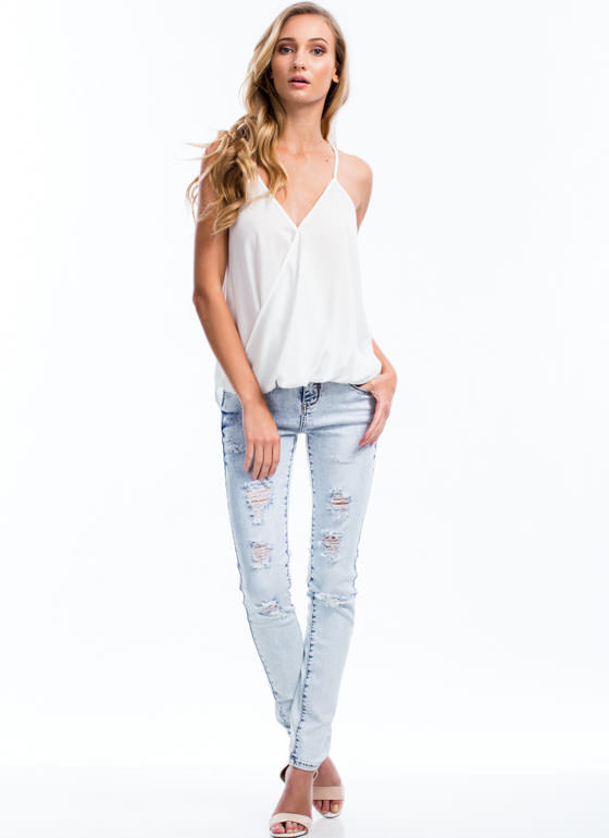 Snow Wash Shredded Skinny Jeans LTBLUE