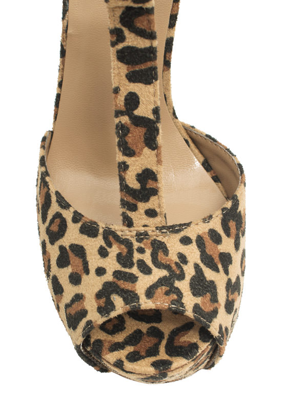To The T-Strap Chunky Peep-Toe Heels LEOPARD