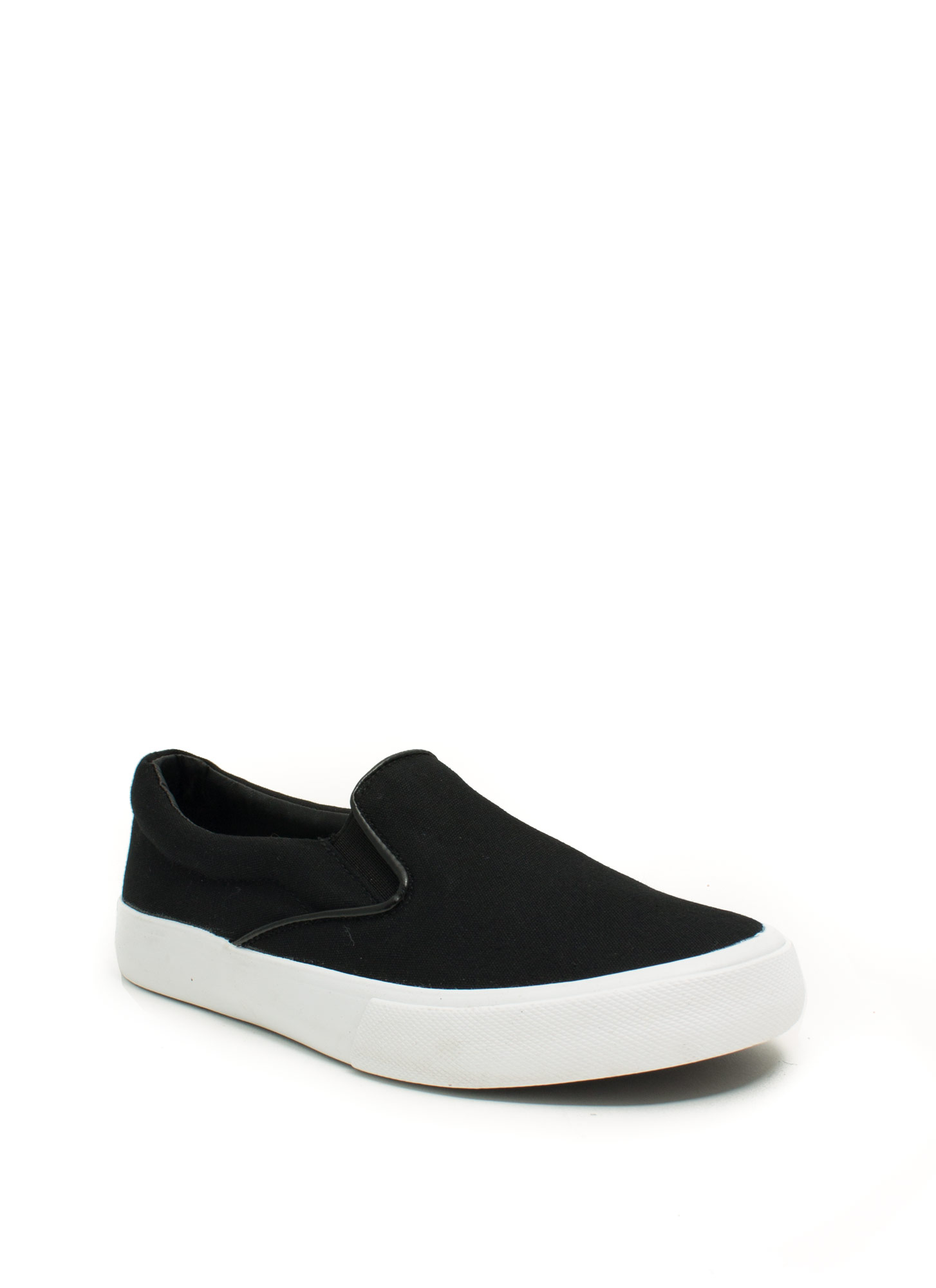 Pipe Down Slip-On Sneakers BLACKWHITE