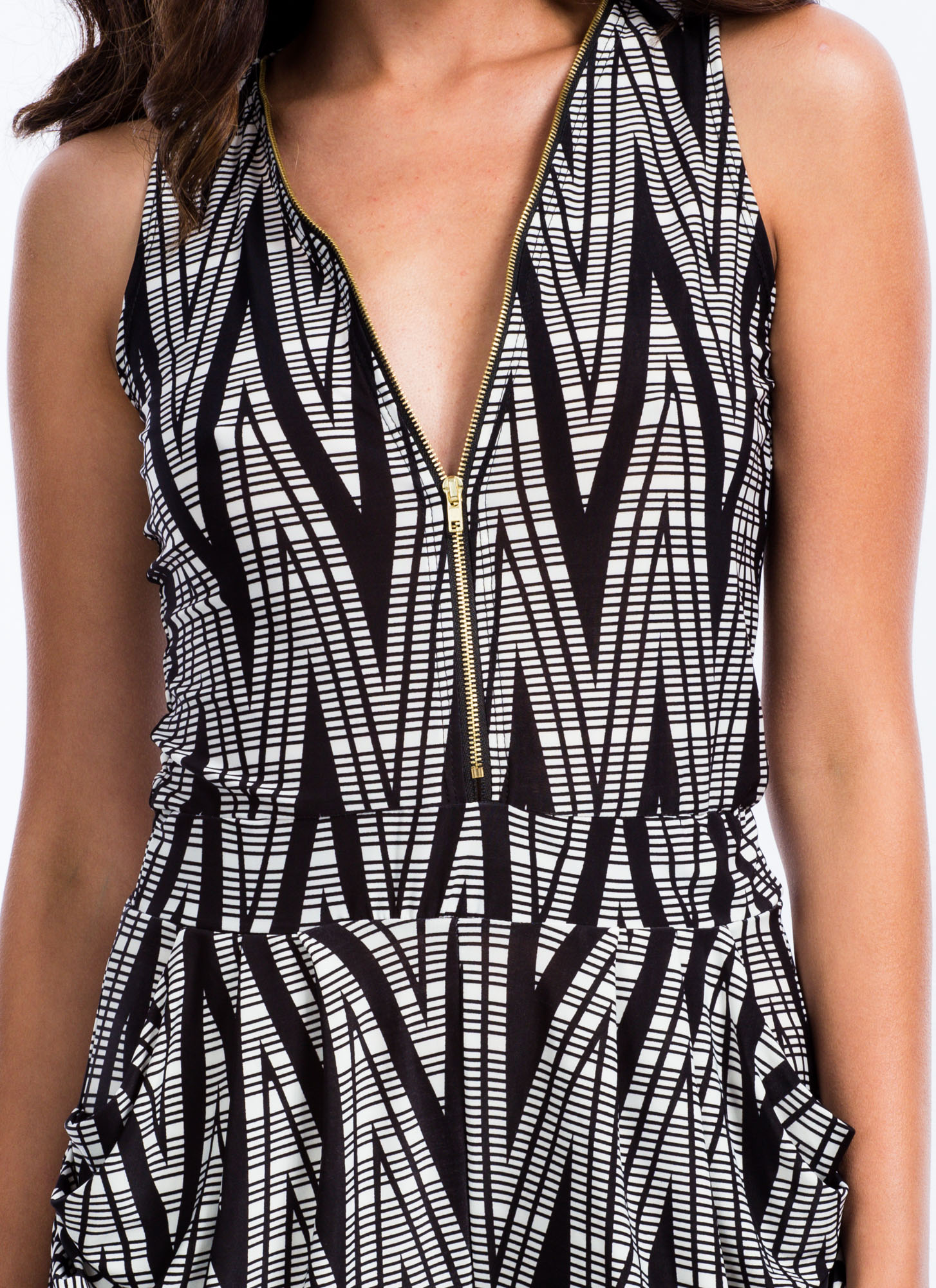 Zigzag 'N Zippered Jumpsuit BLACK