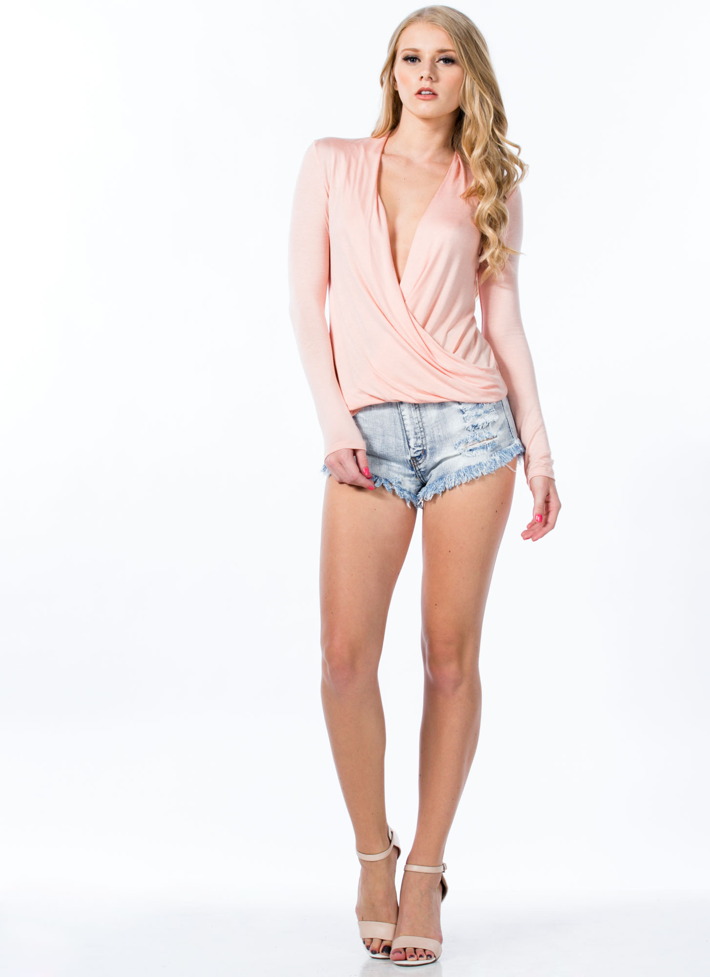 Plunging Twist Front Top PEACH