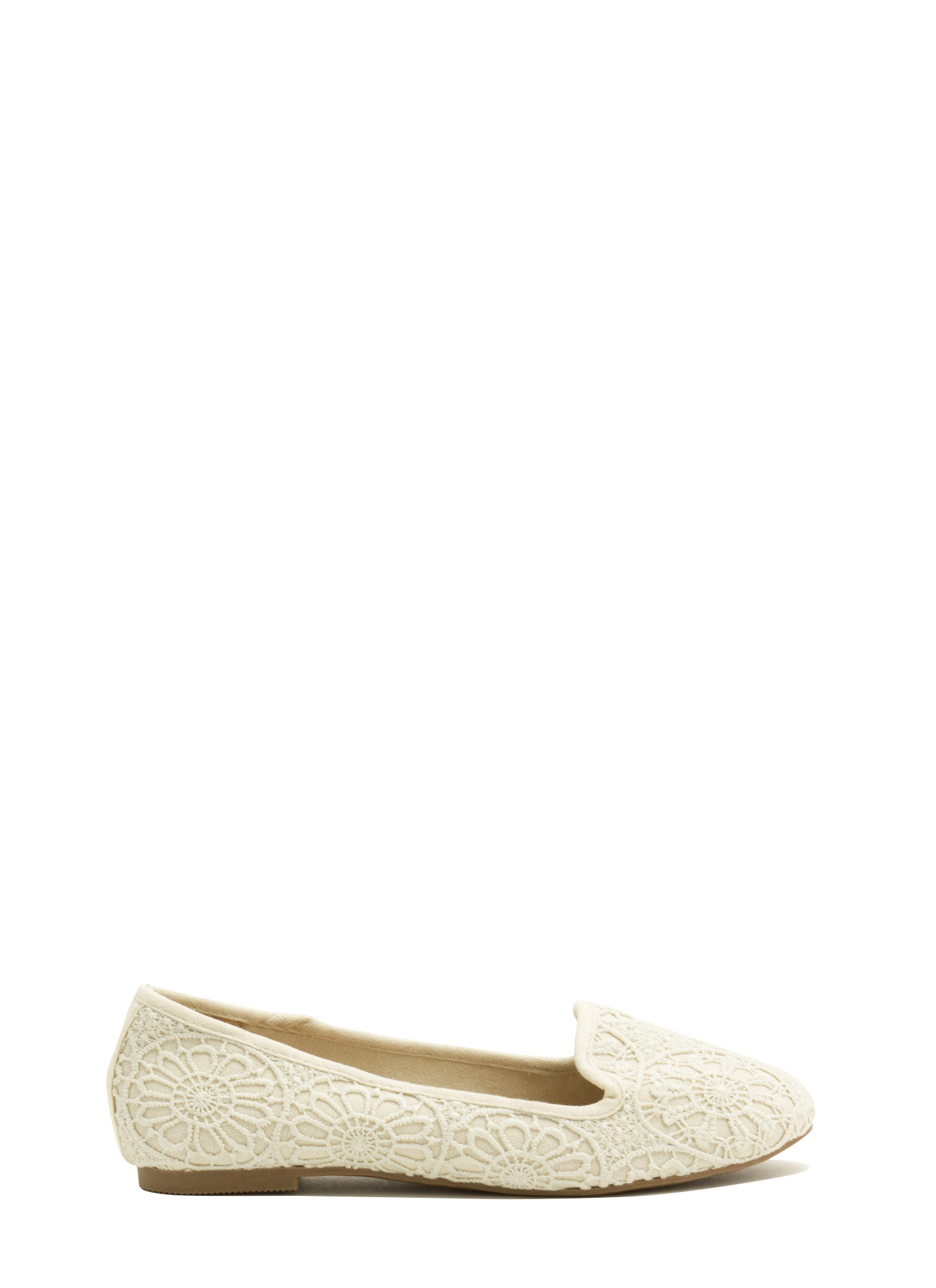 Medallion Crochet Smoking Flats BEIGE
