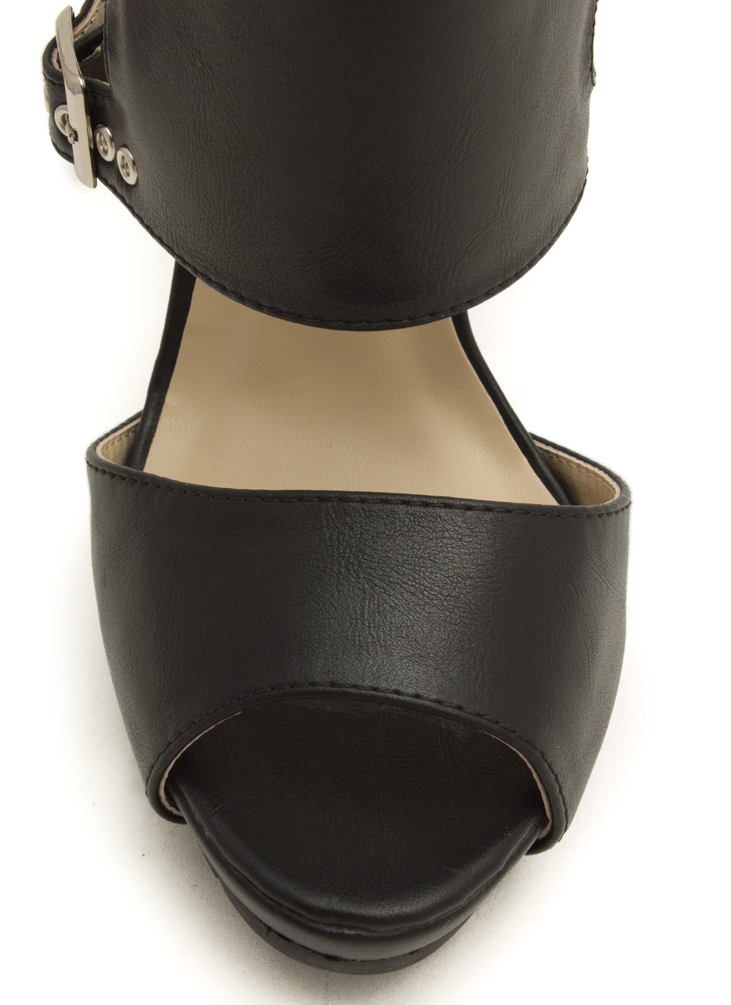 Rugged Paneled Heels BLACK